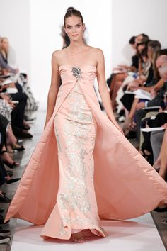 Oscar de la Renta Spring 2014 RTW - Runway Photos - Fashion Week - Runway, Fashion Shows and Collections - Vogue