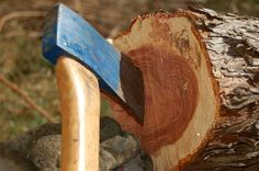 How to Fix and Sharpen a Damaged Axe Head - Preparing for shtf Survival Axe, Camping Survival, Survival Prepping, Emergency Preparedness, Survival Skills, Lawn Equipment, Survival Equipment, Woodworking Books, Fine Woodworking