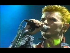 David Bowie - Scary Monsters & Super Creeps - Phoenix Absolutely no copyright infringement is intended. This clip has been uploaded by fans for fans and not for profit or gain. Copyright of the music and images belong to the respective owners.