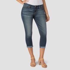 Denizen from Levi's Women's Modern Crop Jeans Medium Wash 8