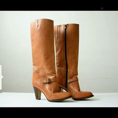 Beautiful Vintage Knee High Boots