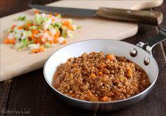 Una preparazione base super: il Ragù di carne alla bolognese. Perfetto per le Lasagne alla bolognese, per condire un buon piatto di tagliatelle e non solo..