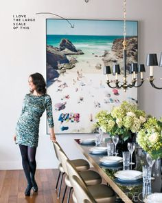 Dining-Room-Art-3_1295030264_hollywood_glamour_decorating_tips_mueffling_1210_02