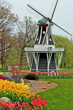 Windmill Island, Tulip Time Festival, Holland, Michigan.