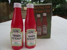 VTG ketchup salt and pepper set new Red Things, Salt And Pepper Set, Salt Pepper Shakers, Ketchup, Favorite Color, Stuffed Peppers, Foods, Boho, Check
