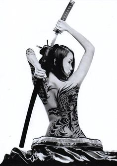 Dangerous Beauty - Illustration by Hiroya.
