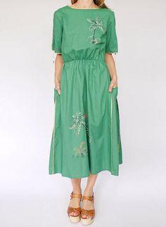 Vintage 70s beschilderde jurk @ www.secondhandnew.nl