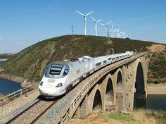 Tren de la serie 730 de Renfe cruzando un viaducto