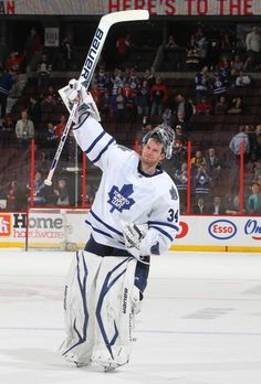James Reimer all time hockey ruler (with phil kessel of course) Hockey Baby, Hockey Goalie, Field Hockey, Hockey Players, Ice Hockey, James Reimer, Phil Kessel, Florida Panthers, Nhl Games