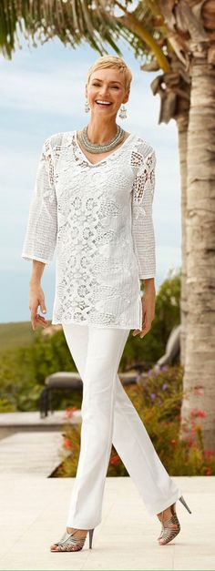 Lace Payton Top Pair a tunic with slimming pants. You'll look taller and thinner. Chico's Summer a tunic with slimming pants. You'll look taller and thinner. Fashion Over Fifty, Over 50 Womens Fashion, Fashion Over 50, Look Fashion, Casual Chic, Chicos Fashion, Fashion Pants, Look Chic, Mode Style