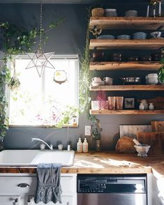 Top Of Cabinets Decor Kitchen is agreed important for your home. Whether you choose the Kitchen Decor Ideas Apartment or Decor Top Of Kitchen Cabinets, you will make the best Kitchen Color Ideas For Walls for your own life. New Kitchen, Kitchen Decor, Kitchen Rustic, Kitchen Ideas, Kitchen Sinks, Kitchen Shelves, Kitchen Inspiration, Kitchen Furniture, Küchen Design