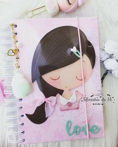 Foam Crafts, Paper Crafts, Notebook Design, Notebook Covers, Lol Dolls, Diy Videos, Paper Art, Crafts For Kids, Lily