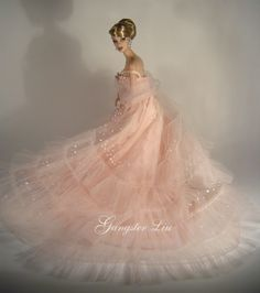 Vanessa is beautiful in pink Barbie Bridal, Barbie Wedding Dress, Barbie Gowns, Barbie Dress, Barbie Clothes, Bridal Dresses, Pink Barbie, Barbie Doll, Mauve