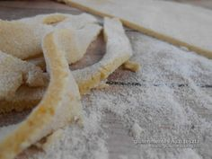 Elfogyott a gluténmentes száraztészta? Házi gluténmentes tészta készítés! Paleo, Bread, Food, Brot, Essen, Beach Wrap, Baking, Meals, Breads