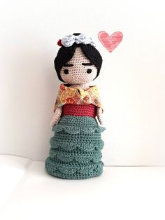 This doll, created by me, represents Frida Kahlo, the nonconformist Mexican artist. It is made of crochet, amigurumi technique, with high quality cotton yarn. (DMC) The shawl is made of printed cotton, eyes and eyebrows are embroidered. The stuffing is acrylic.  It is a unique piece of exclusive design, not replicable. a original object for mexican art lovers.  Totally Eco-friendly , made in a smoke-free home. 100% Made in Italy! HIGHT: 25 cm / 10 inch  SHIPPING: Usually for small items I…