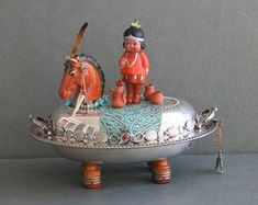 """One of a kind southwest assemblage sculpture called, """"Alo, Spiritual Guide."""" Chief on horse with accessories. Altered Tins, Altered Art, Arte Assemblage, Tin Can Animals, Art Nouveau, Paint Brush Art, Arts And Crafts For Teens, Southwestern Art, Sand Crafts"""