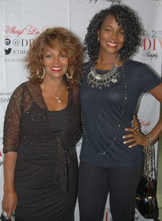 Rebbie Jackson w/ her daughter Yashi Brown My Black Is Beautiful, Beautiful Family, Beautiful People, Beautiful Models, Beautiful Women, Black Celebrity Couples, Celebrity Kids, Celebrity Siblings, Yashi Brown