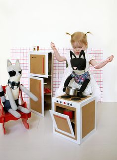 DIY play kitchen, Mer Mag