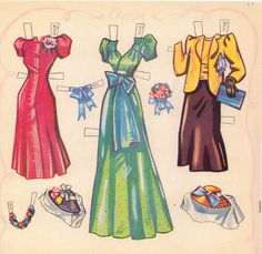 Paper Doll Models The Paper Doll Models set is from 1942 and is Saalfield #1976.