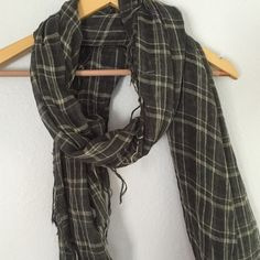 Classic Plaid Scarf Perfect condition, light weight, long knit scarf. Light grey with delicate white plaid pattern UNKNOWN Accessories Scarves & Wraps