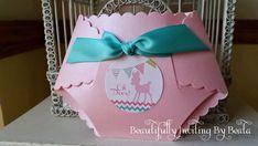 Del pañal ducha invitación rosa y cervatillo Aqua Baby Doe tema bebé ducha invitación con moderno Chevron - pañal personalizado cortado con tintas