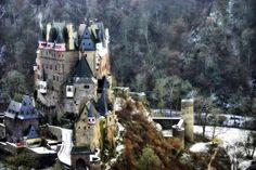 eltz castle in snow - Bing Images