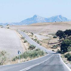 Instagrammer mapofgreen verkende in Andalusië Parque Ardales met een huurauto. Deel ook je roadtrip plezier op social media met de hashtag #meteenhuurautoziejemeer
