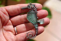 20 OFF AQUA TEAL seahorse wire wrapped seaglass by palmeras Wire Wrapped Jewelry, Wire Jewelry, Pendant Jewelry, Jewelry Crafts, Jewelry Art, Beaded Jewelry, Jewelery, Jewelry Design, Unique Jewelry