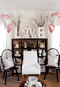 DIY Baby Shower Banner | Decorate the home for a chic baby shower.