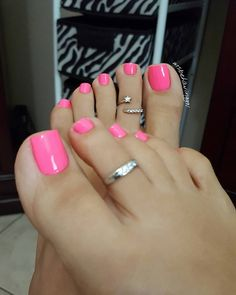 Best Toe Nail Color For Women Spring Style 28 Best Toe Nail Color, Cute Nail Colors, Nail Polish Colors, Toenail Color, Pink Polish, Nail Colour, Irish Nail Designs, Toe Nail Designs, Pretty Toe Nails
