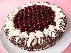 Chestnut cake with cherry Bellini, Fresco, My Recipes, Cooking Recipes, Dessert Bread, Gnocchi, Fine Dining, Tiramisu, Fondant