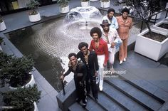 members-of-american-musical-group-the-isley-brothers-ernie-isley-picture-id516997398 1,024×681 pixels