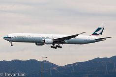 Cathay Pacific Boeing 777-367