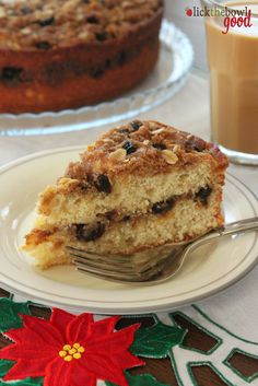 Oatmeal raisin cookie coffee cake.........will try this if we ever run out of all those Christmas goodies!