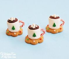 We made these adorable Hot Cocoa Marshmallow Cookie Cups the other day for my sons 6th grade class. The kids just loved these fun Christmas Treats and they are so easy to make! This idea comes from my talented friend Norene's book Sweet Treats for the Holidays. Everything in this book is so adorable & you are going …