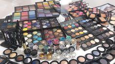 Presentation of Make-up Studio products. So many amazing colours! #makeup #Makeupstudio #eyeshadows #colourfull #makeupaddiction