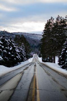 Através de inverno |  por Sam Wheeler Esta foto como papel de parede em seu smartphone?  Assine o app agora!