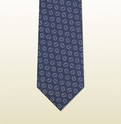 Navy Silk Tie by Gucci. Buy for  190 from Gucci Corbatas 500e4037ed6