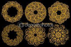 Установите Золотой круговой орнамент, рисунок от руки, знаковых логотип, М — стоковая иллюстрация #107849540