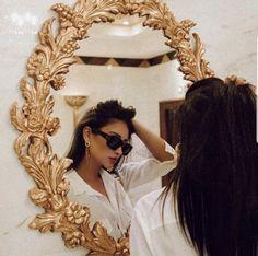Photography fashion mirror glamour New ideas Glamour, Portrait Photos, Insta Photo, Ideias Fashion, Photoshoot, Style Inspiration, Elegant, Boho, Lady
