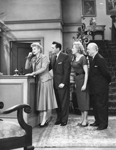 Desi Arnaz, Lucille Ball, William Frawley, and Vivian Vance in I Love Lucy Classic Hollywood, Old Hollywood, Hollywood Glamour, Lucy And Ricky, Lucy Lucy, William Frawley, I Love Lucy Show, Vivian Vance, Queens Of Comedy