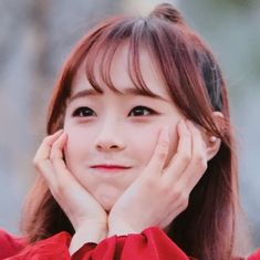 Your Girl, My Girl, Chuu Loona, Twitter Icon, Olivia Hye, I Love Girls, I Cant Even, Kpop Groups, Your Smile