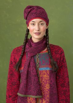 """A fiesta of patterns – GUDRUN SJÖDÉN – """"Folklore"""" shawl in wool/lyocell Wonderfully soft and snug scarf with a pretty sheen. Double-sided jacquard knit which provides a pretty effect in that the ground colour and the pattern colour are reversed on the two sides. Article number 67913 Price £ 44 60% wool, 40% lyocell"""