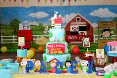the cake #snoopysstreetfair #snoopy #peanuts #charliebrown #snoopybirthdaytheme #babyboy #firstbirthday #firstbirthdayideas  #snoopycake #snoopysstreetfaircake #peanutsletterstandees