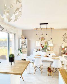 Living Room Decor: 40 Gorgeous Tips & Ideas to Get Inspired - ChecoPie Living Room Lighting, Living Room Decor, Living Room Modern, Decorating Your Home, Sweet Home, New Homes, House Design, Interior Design, Design Inspiration
