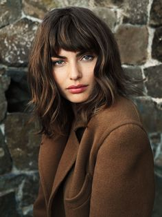 like this 'do and colouring (subtle highlights) but without the fringe.