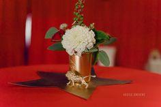 Centre de table animalier pour un mariage sur le thème du cirque