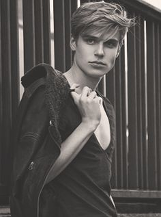 "jul-l-amazone: "" Tim Borrmann is really the IT boy of the moment. With such jawline, I'm all for him all over my dash. """