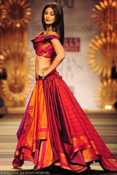 Shilpa Shetty walks the ramp for designer Tarun Tahiliani - Wills Lifestyle India Fashion Week (WIFW) autumn-winter (AW) 2014.