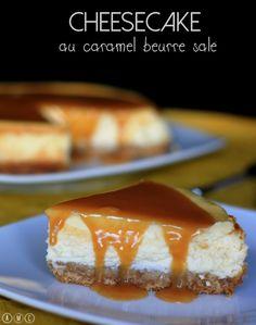 J'adore le cheesecake alors l'envie m'a prise... et comme j'adore aussi le caramel au beurre salé, j'en ai nappé partout sur mon cheesecake :D C'est super gourmand de la sorte.... Pour la base du gâteau j'ai utilisé les palets breton pour rester dans...